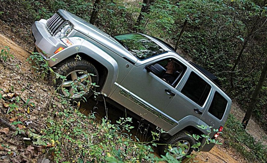 2008 Jeep Liberty - Slide 10