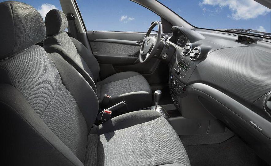 2008 Chevrolet Aveo - Slide 12