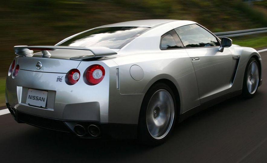 2009 Nissan GT-R - Slide 8