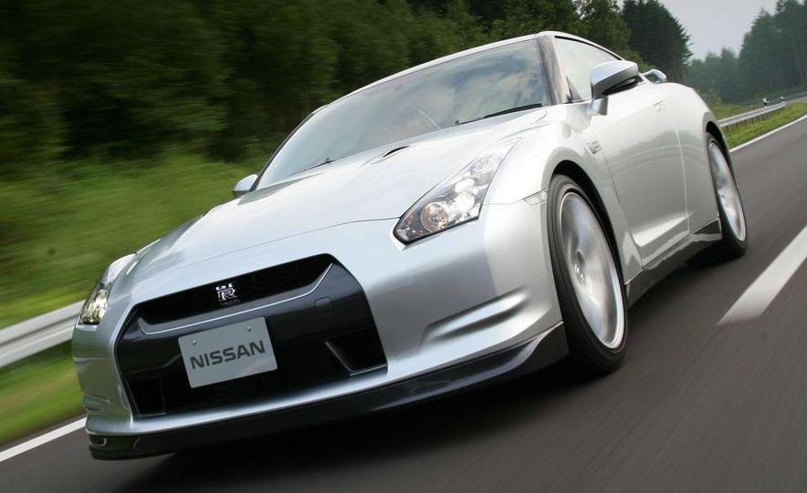 2009 Nissan GT-R - Slide 15