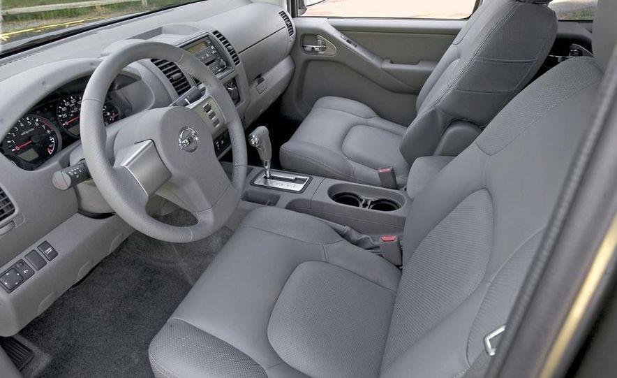 2008 Nissan Frontier King Cab - Slide 12