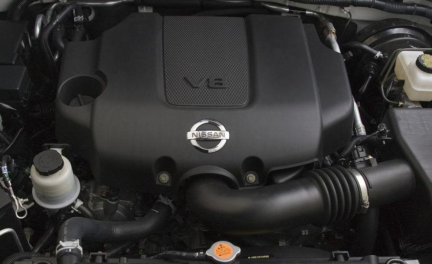 2008 Nissan Pathfinder - Slide 13