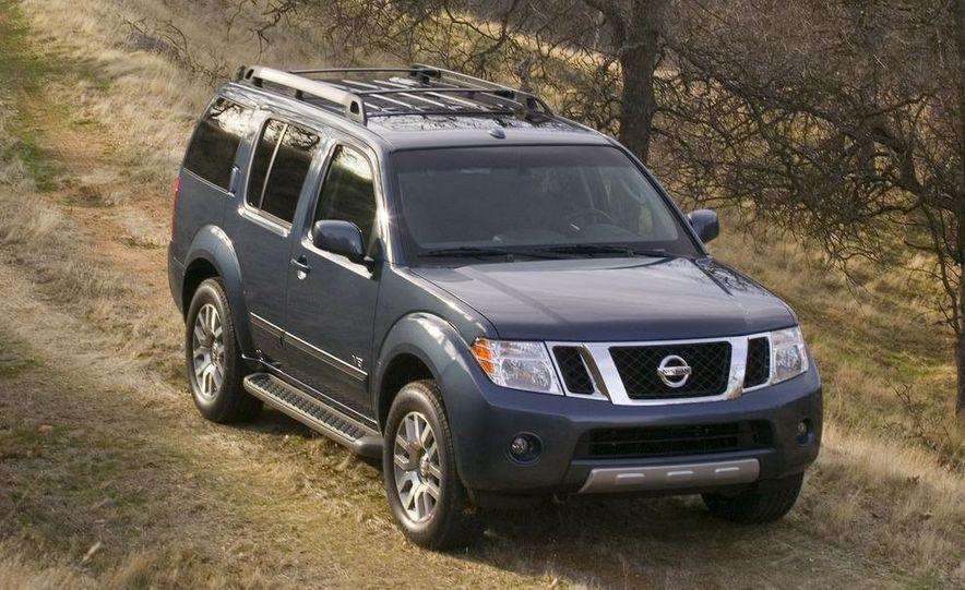 2008 Nissan Pathfinder - Slide 3