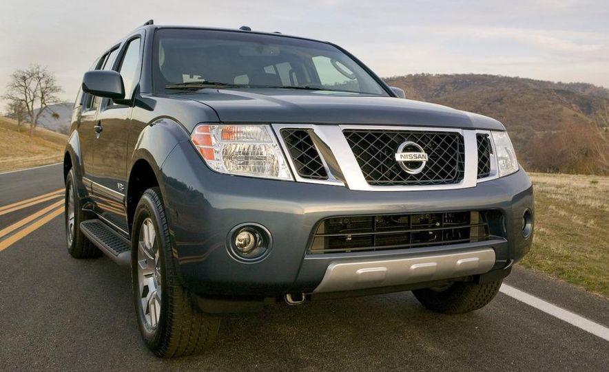 2008 Nissan Pathfinder - Slide 5
