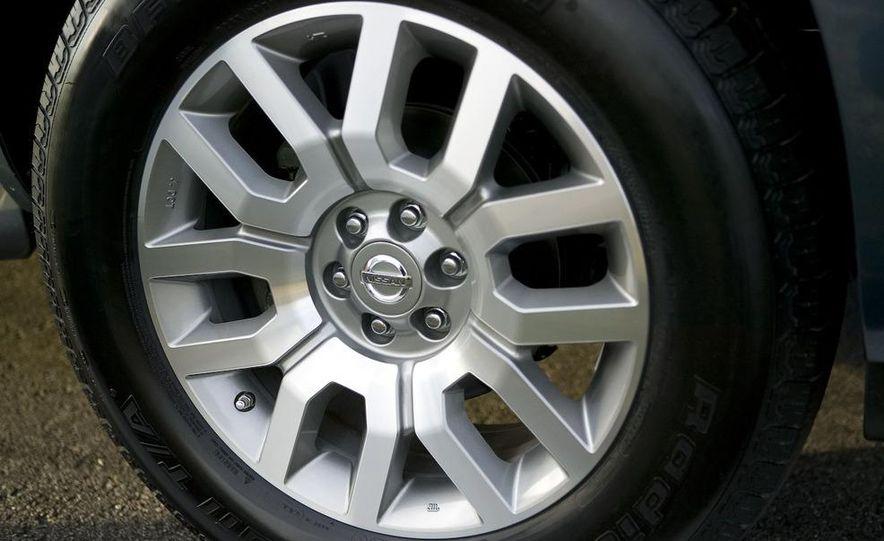 2008 Nissan Pathfinder - Slide 12