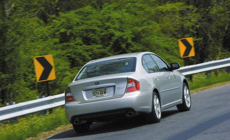2008 Subaru Legacy 3.0 R Limited - Slide 15