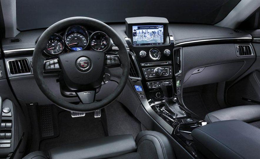 2009 Cadillac CTS-V - Slide 18