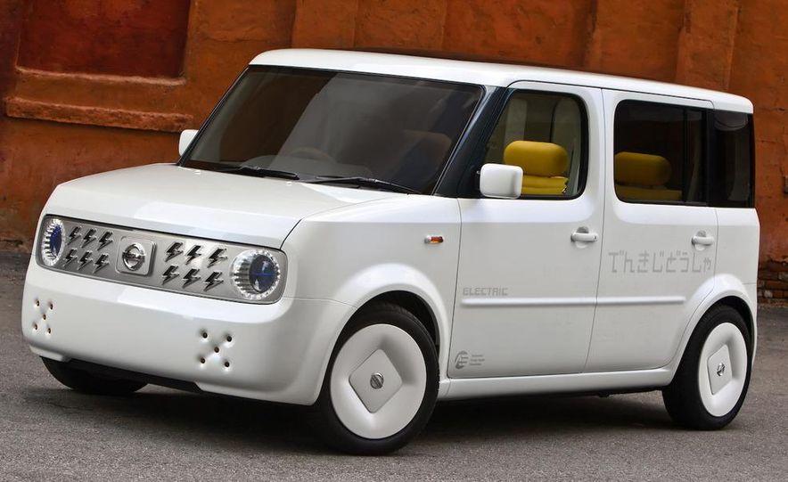 2010 Nissan Cube - Slide 11