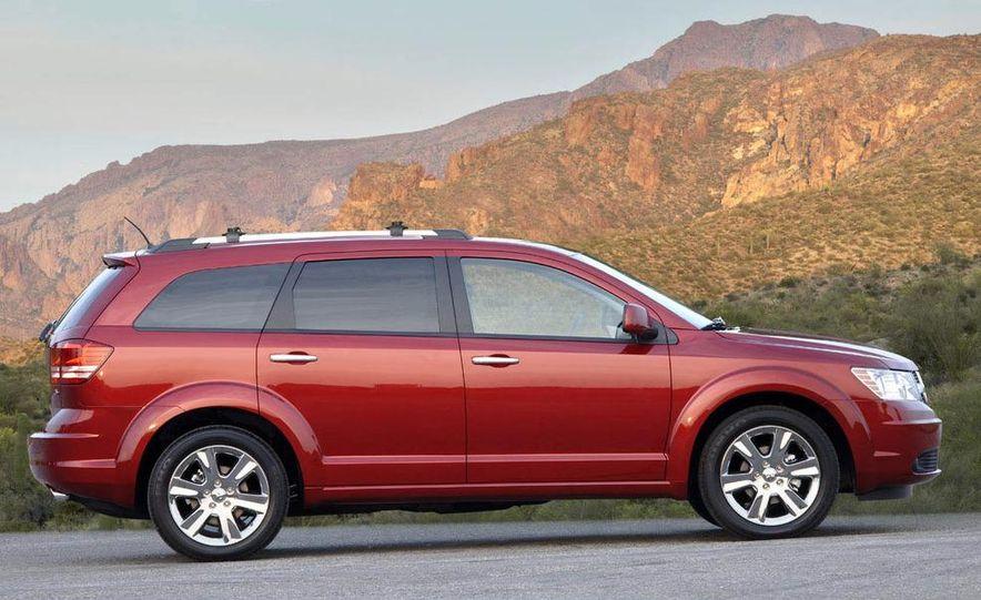 2009 Dodge Journey - Slide 3