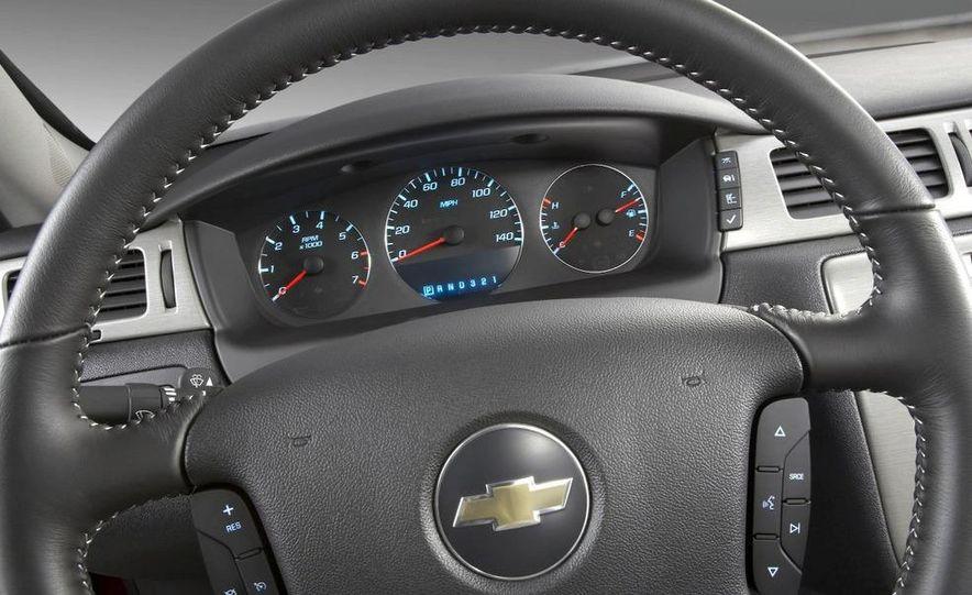2008 Chevrolet Impala 50th Anniversary Edition - Slide 9