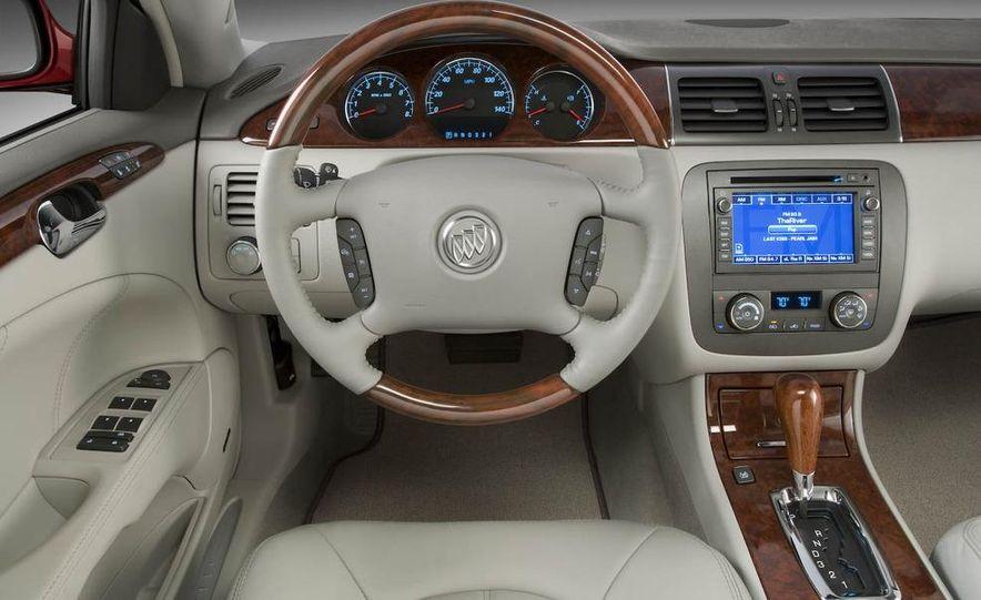 2008 Buick Lucerne CXL interior - Slide 1