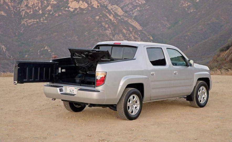 2008 Chevrolet Silverado LTZ - Slide 44
