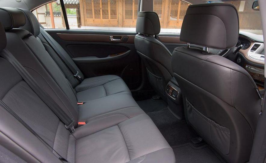 2009 Hyundai Genesis sedan - Slide 22