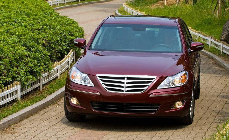 2009 Hyundai Genesis sedan - Slide 8