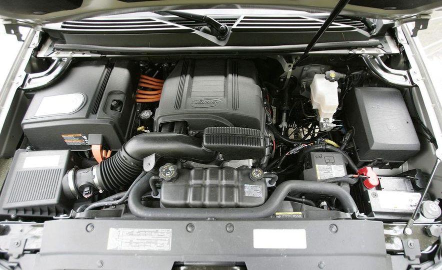 2008 Chevrolet Tahoe hybrid - Slide 28