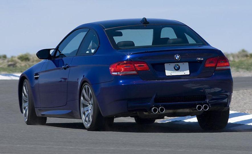 2008 BMW M3 4.0-liter V-8 engine - Slide 3