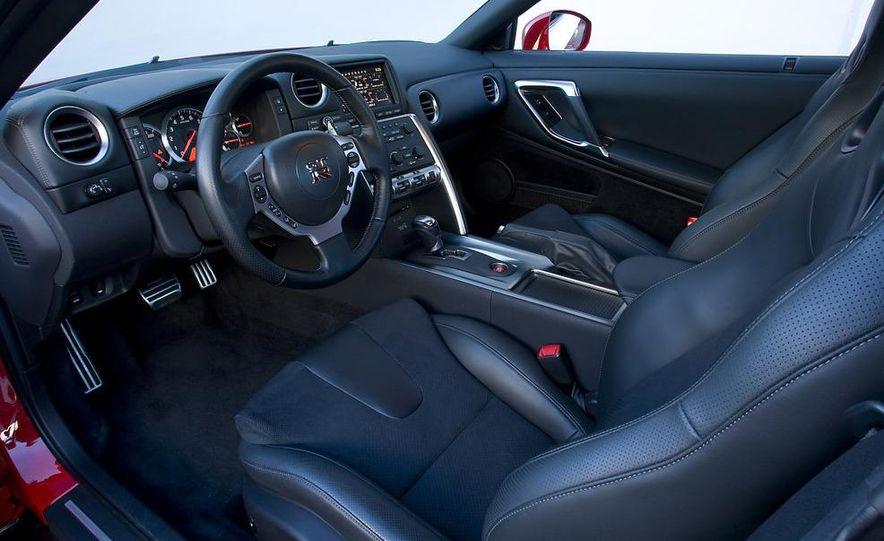 2008 BMW M3 4.0-liter V-8 engine - Slide 6