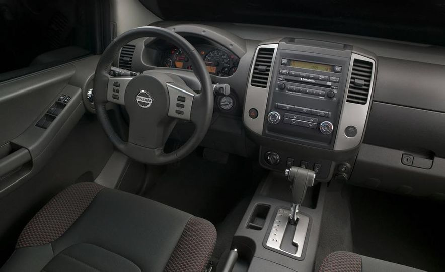 2009 Nissan Xterra - Slide 3