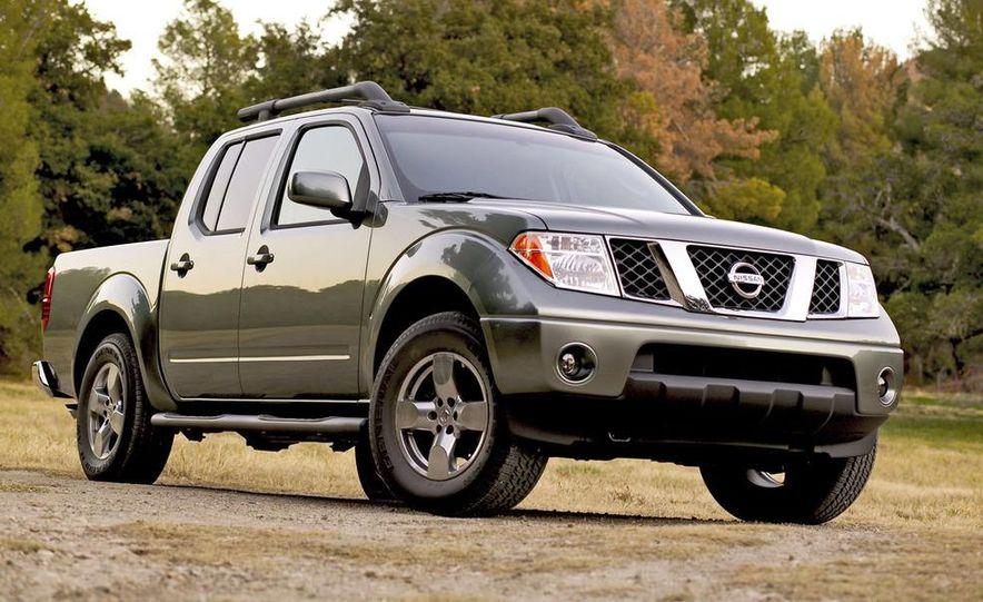 2009 Nissan Frontier Crew Cab - Slide 9