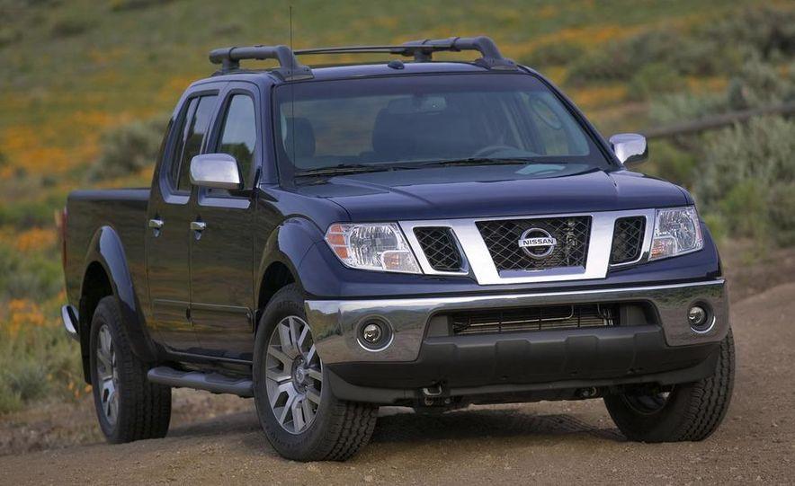 2009 Nissan Frontier Crew Cab - Slide 1
