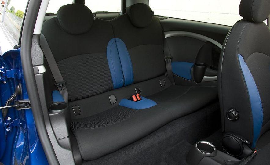 2008 Mini Cooper S Clubman - Slide 6