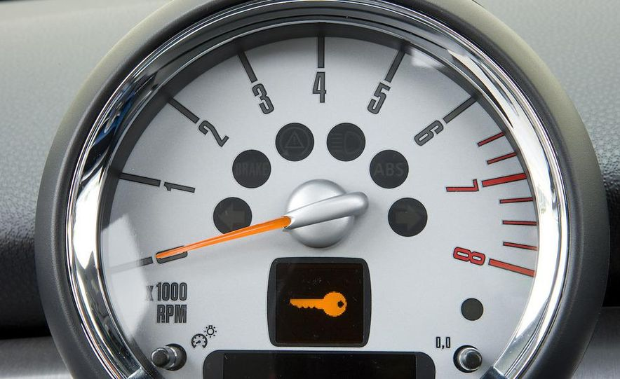 2008 Mini Cooper S Clubman - Slide 11