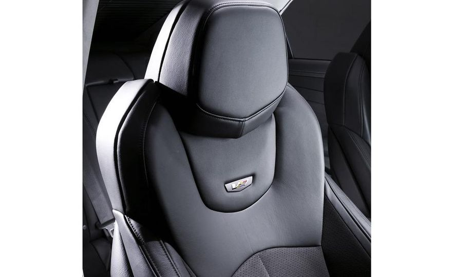 2009 Cadillac CTS-V - Slide 21