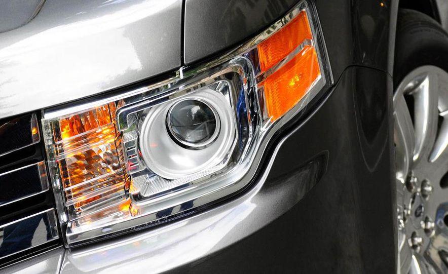 2009 Ford Flex - Slide 6