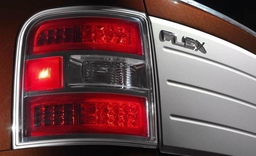 2009 Ford Flex - Slide 23