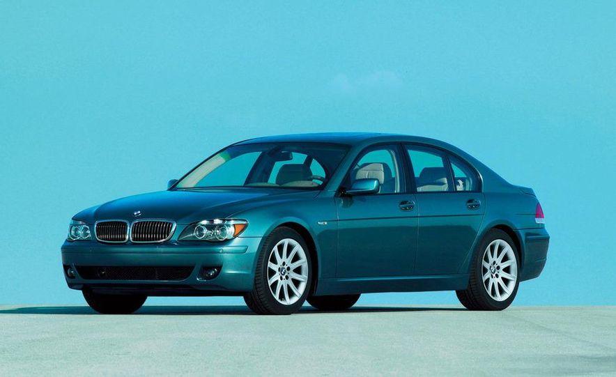 2009 BMW 7-series illustration - Slide 18