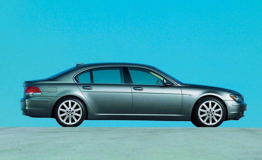 2009 BMW 7-series illustration - Slide 17