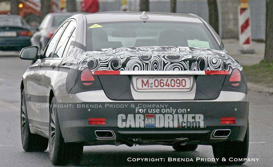 2009 BMW 7-series illustration - Slide 11