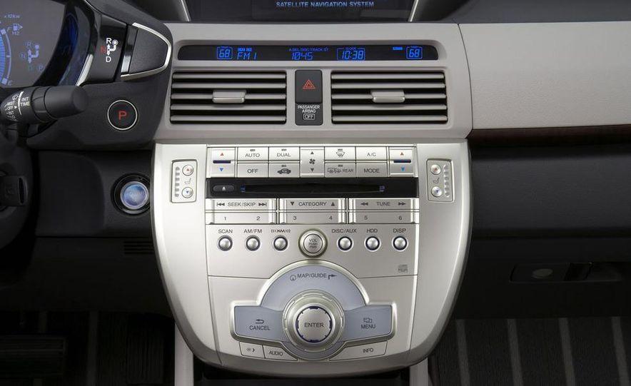 2009 Honda FCX Clarity - Slide 13