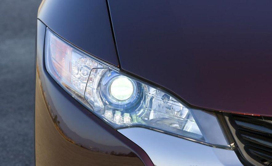 2009 Honda FCX Clarity - Slide 8
