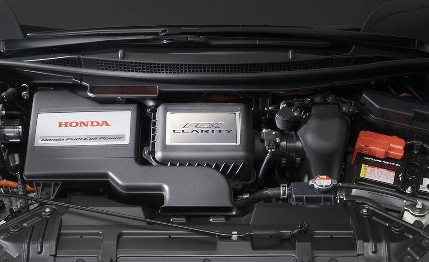 2009 Honda FCX Clarity - Slide 10