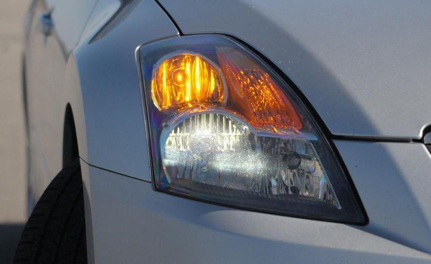 2007 Nissan Altima 3.5SE - Slide 5