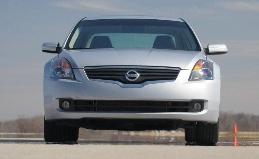 2007 Nissan Altima 3.5SE - Slide 23