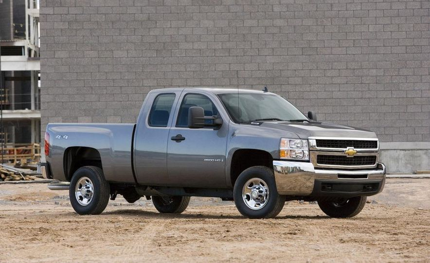 2008 Chevrolet Silverado 2500HD WT - Slide 1