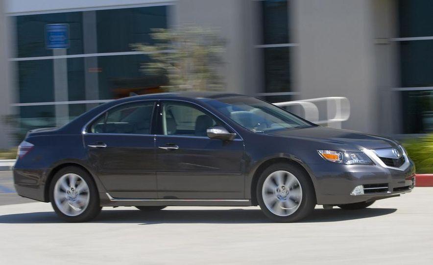 2009 Acura RL SH-AWD - Slide 5