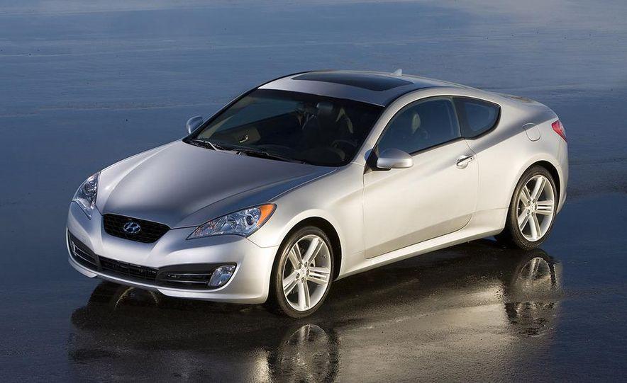 2010 Hyundai Genesis coupe - Slide 8