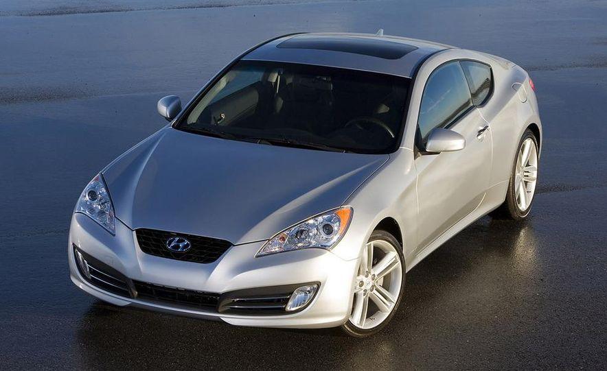 2010 Hyundai Genesis coupe - Slide 9