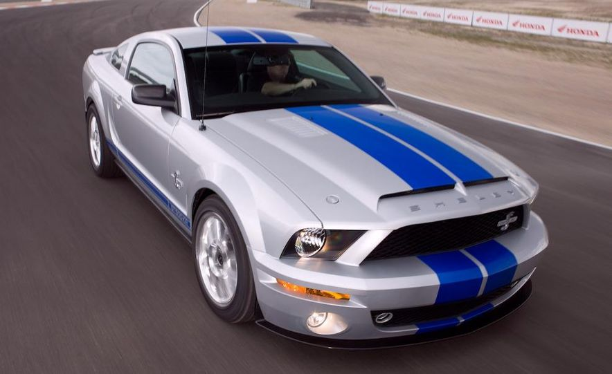 2008 Ford Mustang convertible - Slide 10