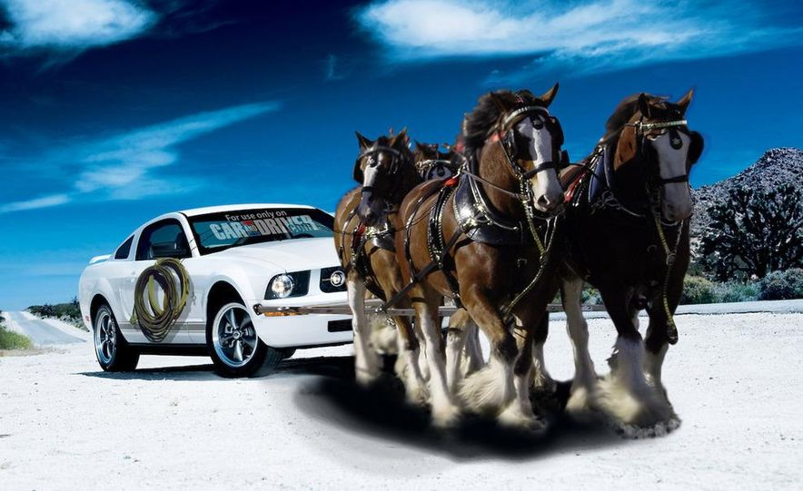 2008 Ford Mustang convertible - Slide 5