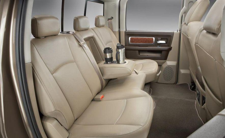 2008 Chrysler Town & Country and Dodge Grand Caravan - Slide 24