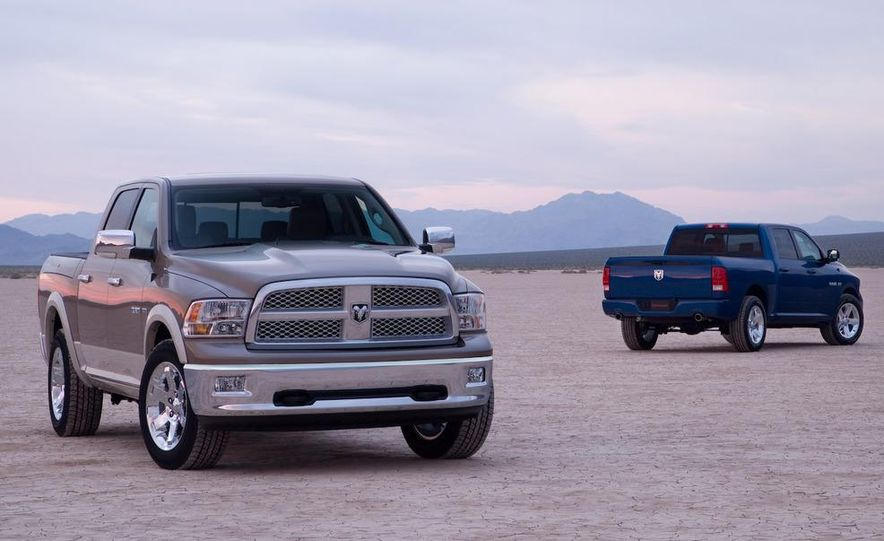 2008 Chrysler Town & Country and Dodge Grand Caravan - Slide 21