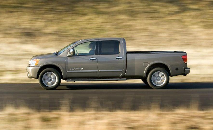 2009 Dodge Ram - Slide 28
