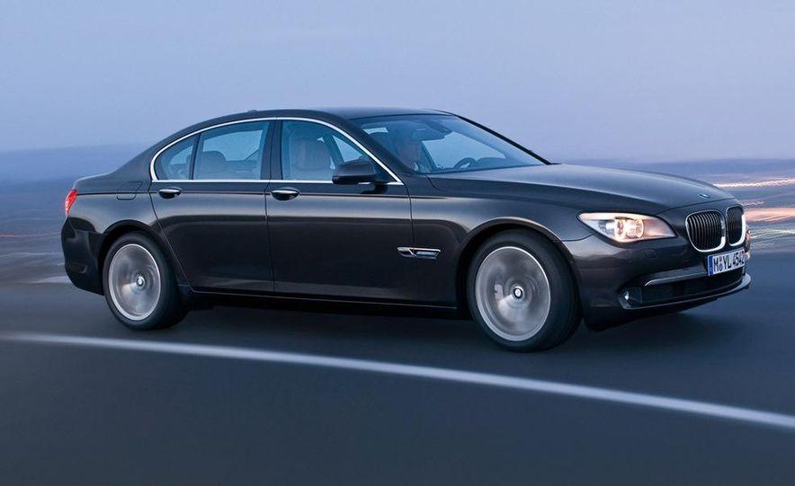 2009 BMW 730d (Not for U.S. sale) - Slide 13