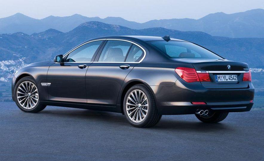 2009 BMW 730d (Not for U.S. sale) - Slide 16