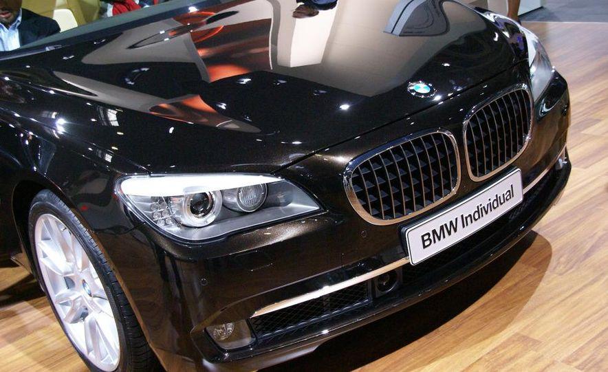 2009 BMW 730d (Not for U.S. sale) - Slide 3