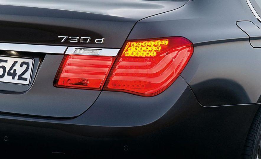 2009 BMW 730d (Not for U.S. sale) - Slide 28